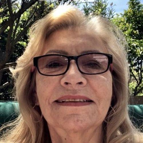 Wonderful Elder Care Provider Looking for Work in Camarillo