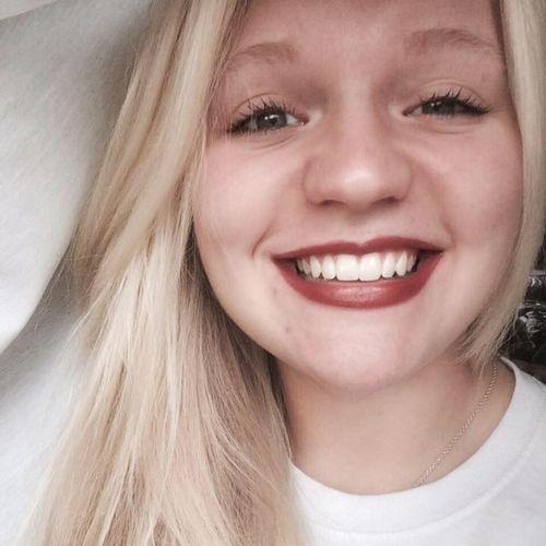 House Sitter Provider Alisha Hedrick's Profile Picture