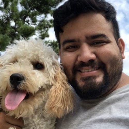 Pet Care Provider Luis A's Profile Picture