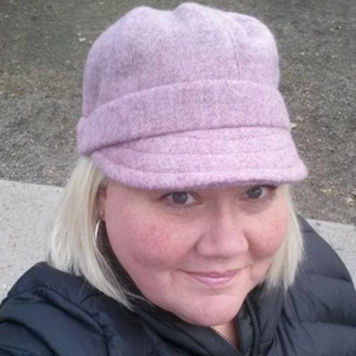 Canadian Nanny Provider Shannon 's Profile Picture