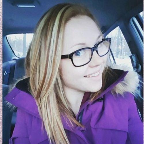 Canadian Nanny Provider Samantha M's Profile Picture