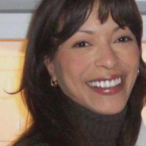 Canadian Nanny Provider Liz Silk's Profile Picture
