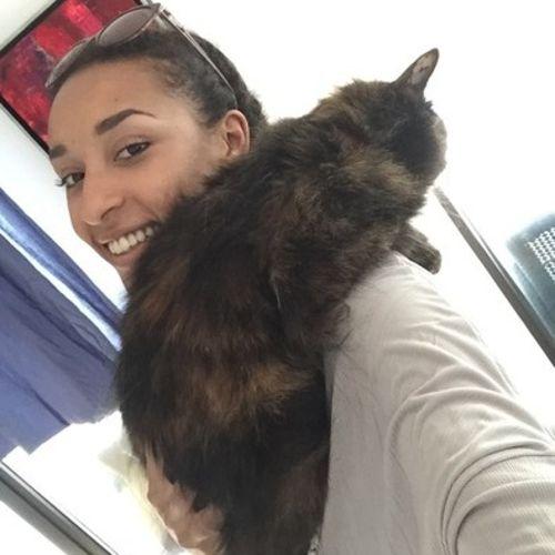 Pet Care Provider Laura Fayaud Gallery Image 1